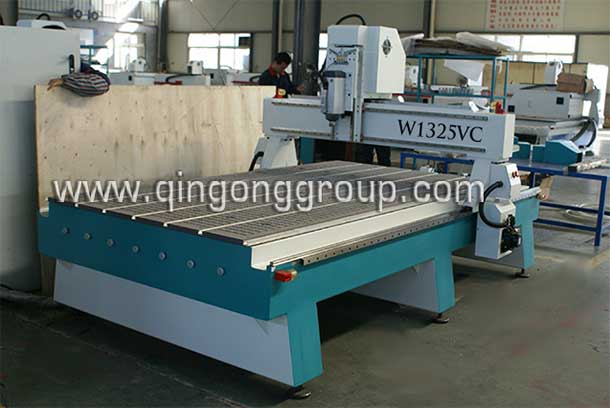 Heavy duty cnc router wood cutting machine